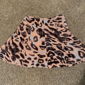 Dresses & Skirts - animal print skirt